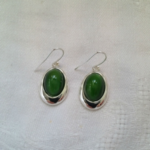 green-oval-earr-resized